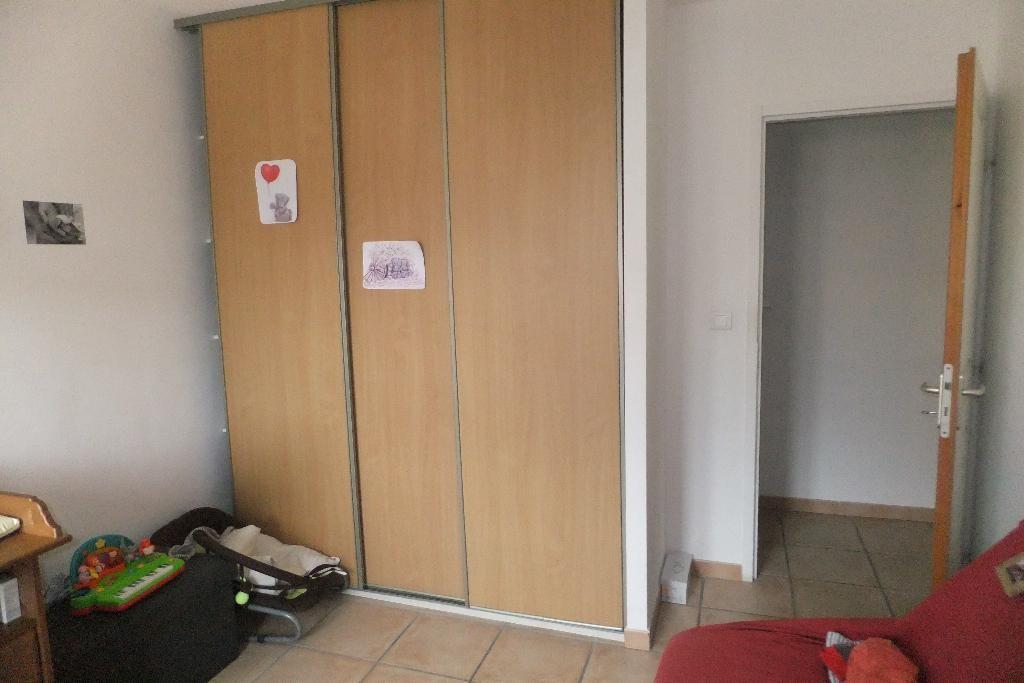 LES ARENES, MIZZI - 1er Etage droite 014