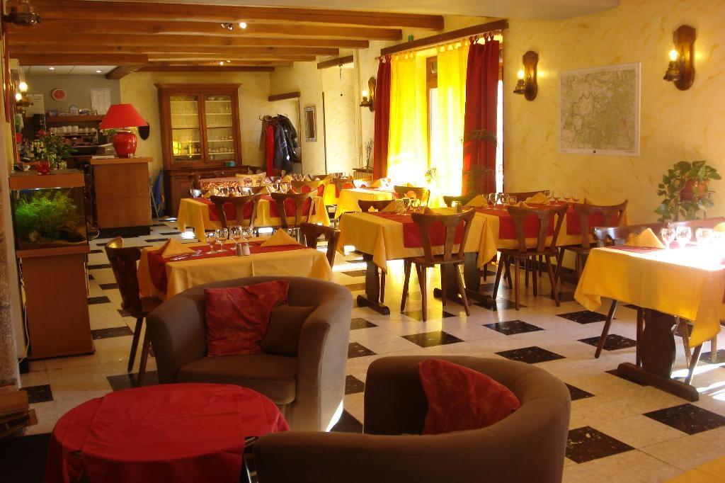 Hôtel le Vieux Moulin - Salle du restaurant 3